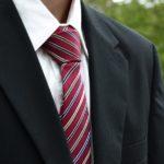 ネクタイの収納で必ず守るべきことは?気を付けたい保管方法の落とし穴